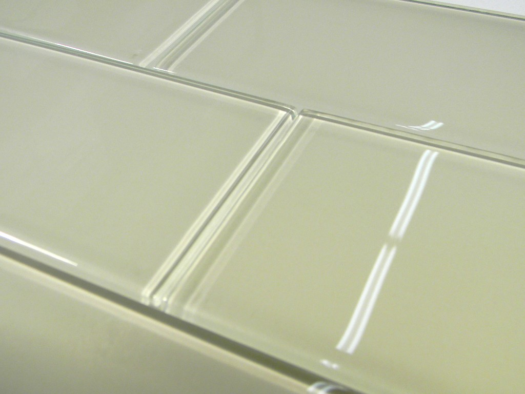 Creme Glass 3X6 Subway Tile