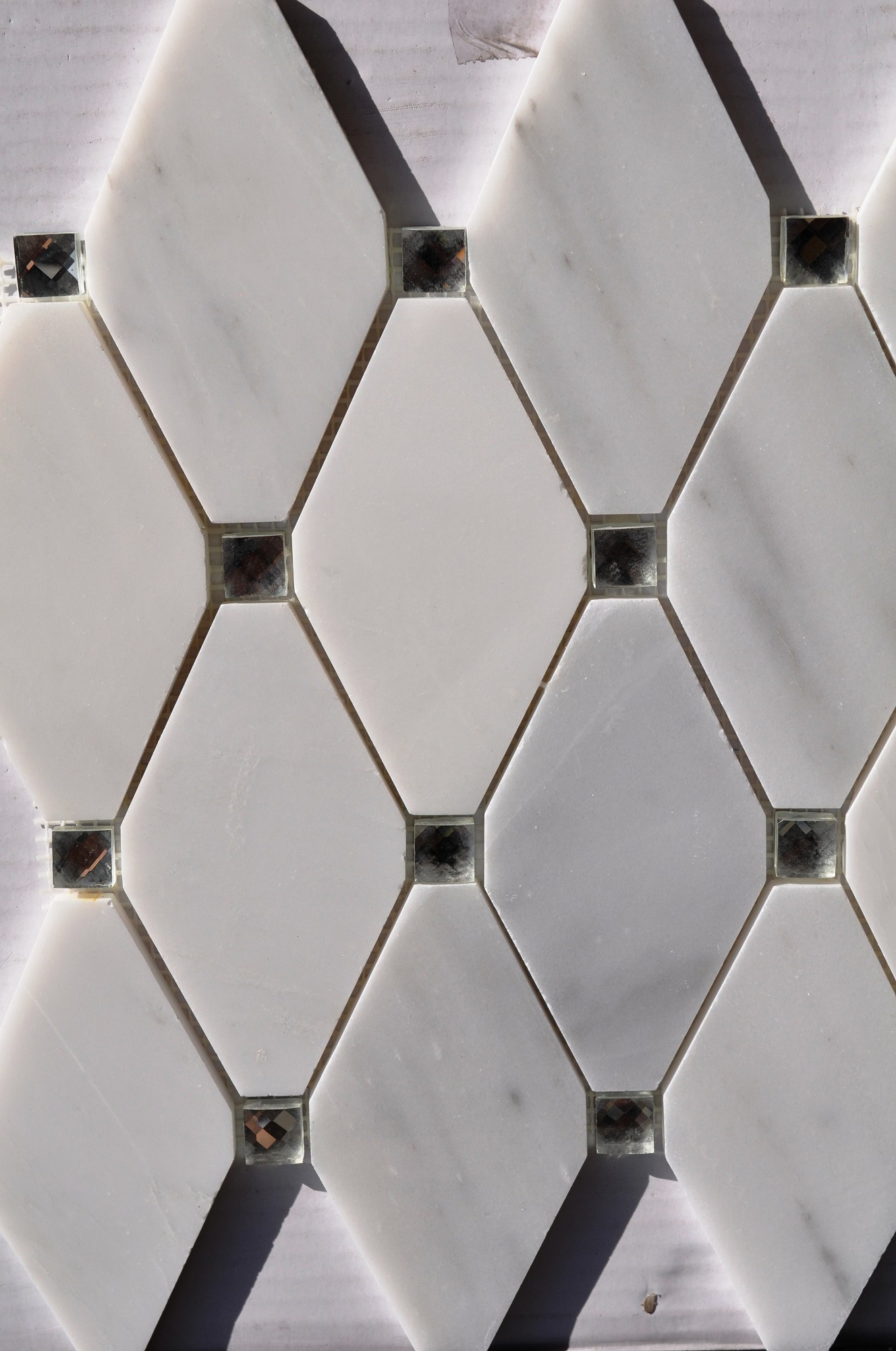 Abigail White Marble With Mirror Dot