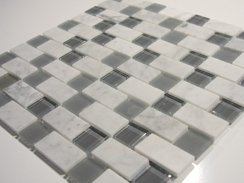 Carrara White And Grey 1 X 2 X1 Glass And Stone  Blend